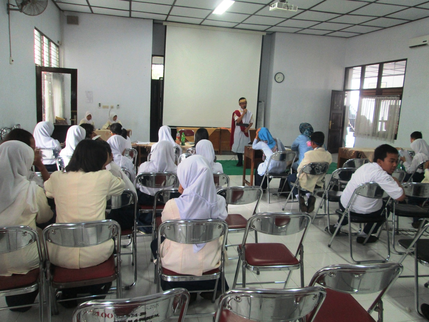 LOMBA STORRY TELLING