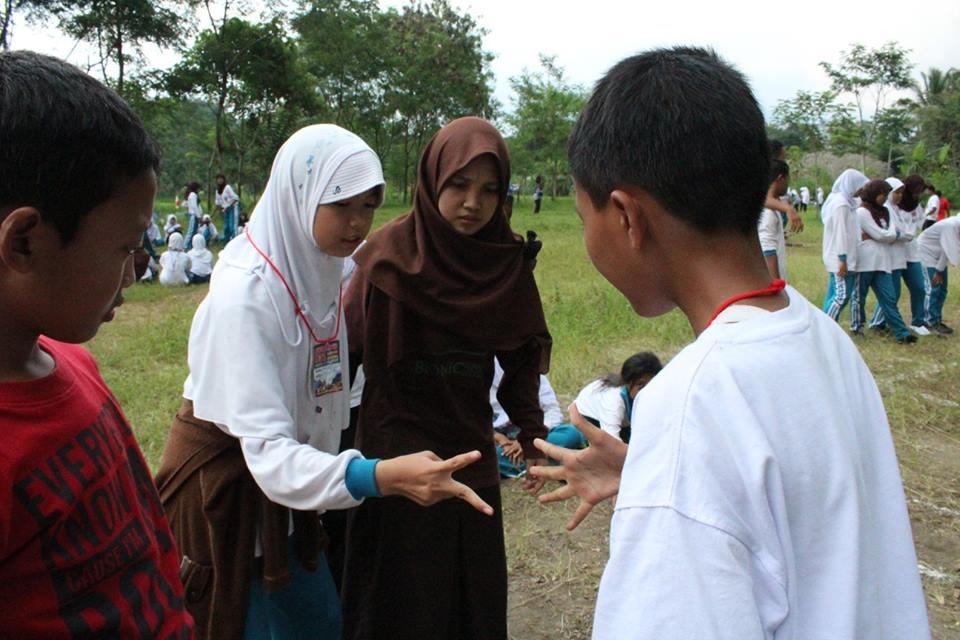 KEGIATAN CAMPING SISWA (3)