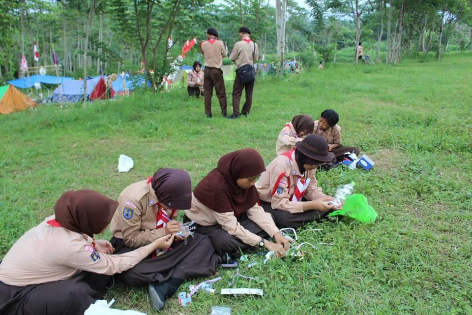 KEGIATAN CAMPING SISWA (4)