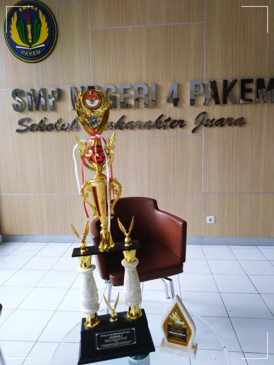 SMP 4 PAKEM  JUARAI  LCC  IPS  SMP/MTS  NASIONAL